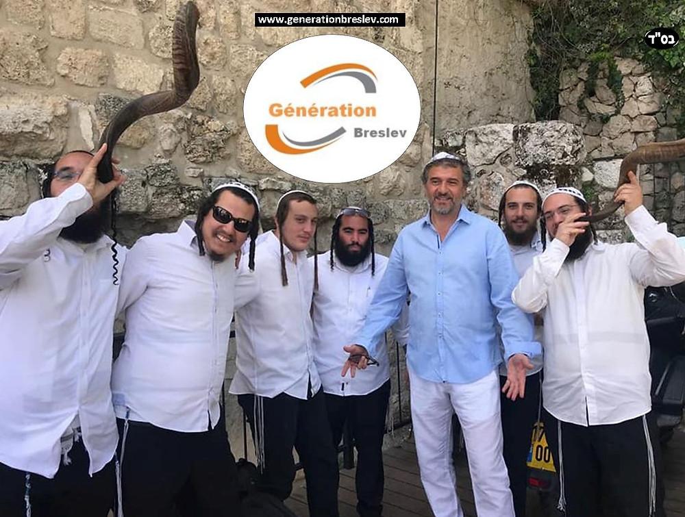 Génération Breslev  au Kotel, Mardi 17 Avril 2018 - A l'occasion de la venue en Israël du  chanteur DANIEL LEVI - auteur-compositeur-interprète et pianiste français