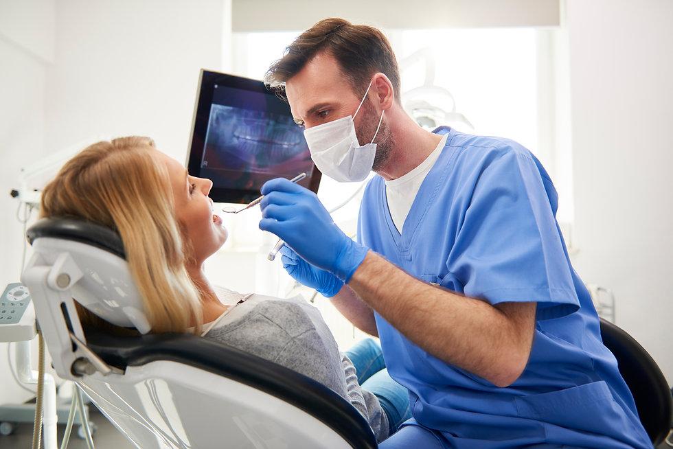 Dentist022 Alero_Licensed