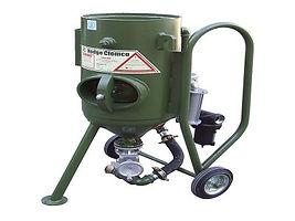 เครื่องพ่นทรายกลางแจ้ง,ฺBlast pot machine