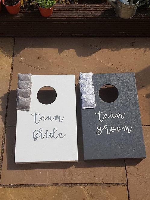 Team Bride vs Team Groom cornhole boards with 8 x throwing bags