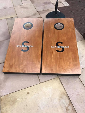 Large Personalised stained cornhole boards with 8 x throwing bags