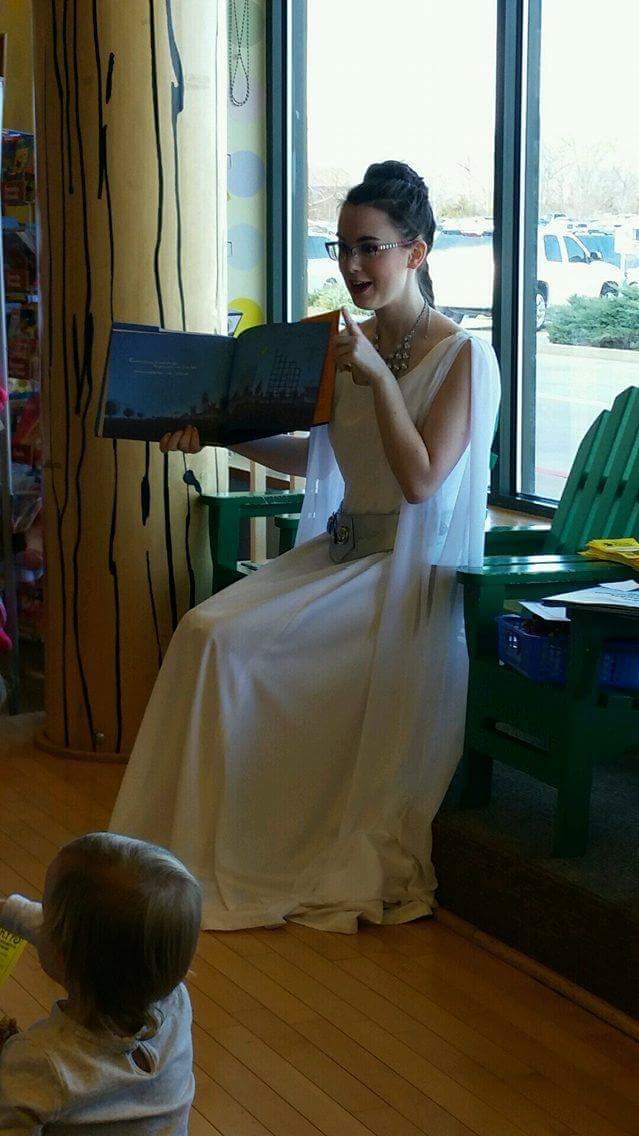 Princess Leia/ Royal Readers