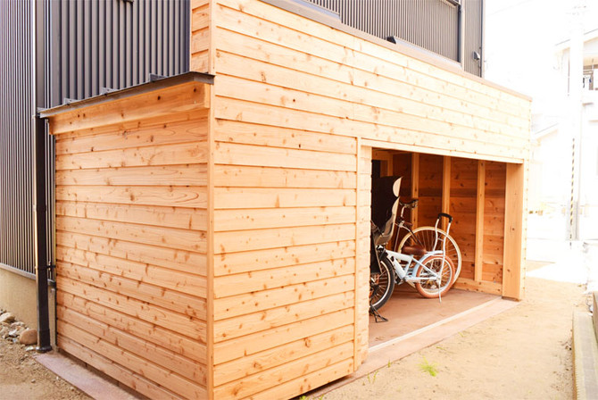 木製のオーダー自転車小屋