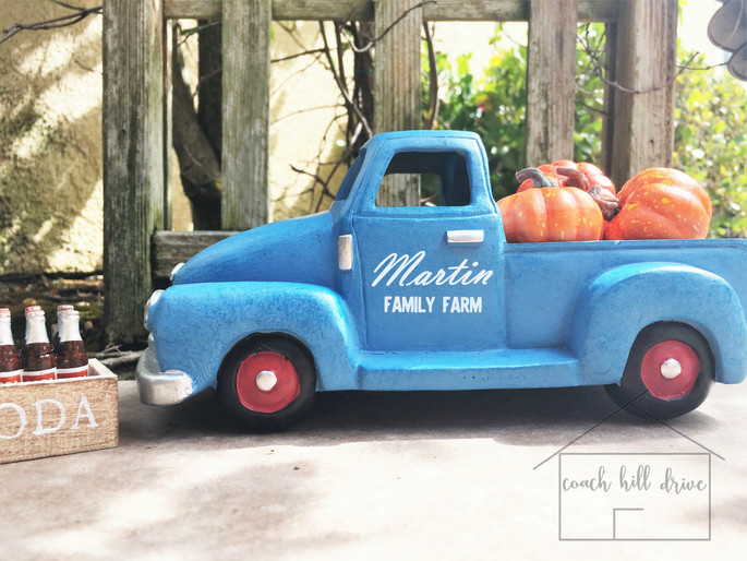 CUSTOM DECOR - VINTAGE TRUCK