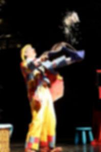 Barbiche avec La compagnie Lune à l'autre Spectacle enfant, spectacle de clown bouche du rhone