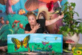 Camille la chenilleavec La compagnie Lune à l'autre Spectacle tres jeune public de comptinesVaucluse spectacle marionnettesdans la Drome, bouches du rhone, Gard
