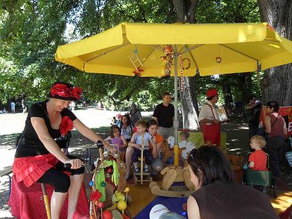 Le manège à véloavec La compagnie Lune à l'autre manège à pédales, musique avignon drome, gard, bouche du rhone