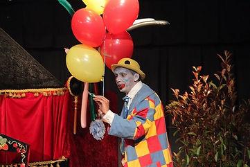Barbiche avec La compagnie Lune à l'autre Spectacle enfant, spectacle de clown drome