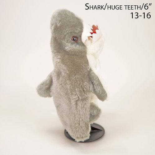 """Puppet: Shark 6"""" (13-16)"""
