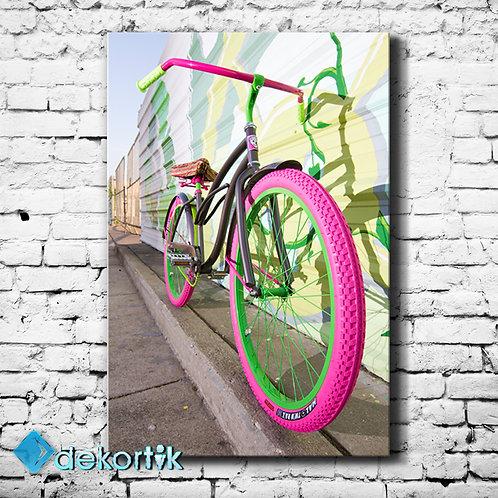 Pink Bicycle Tablo