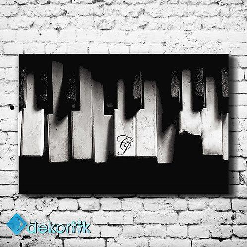 Black White Piano Tablo
