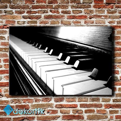 BW Piano Tablo