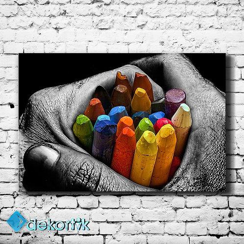 Renkli Kalemler Tablo