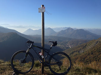 cycling lake maggiore tour guide villa bike mtb route road bike mountain bike holiday camp