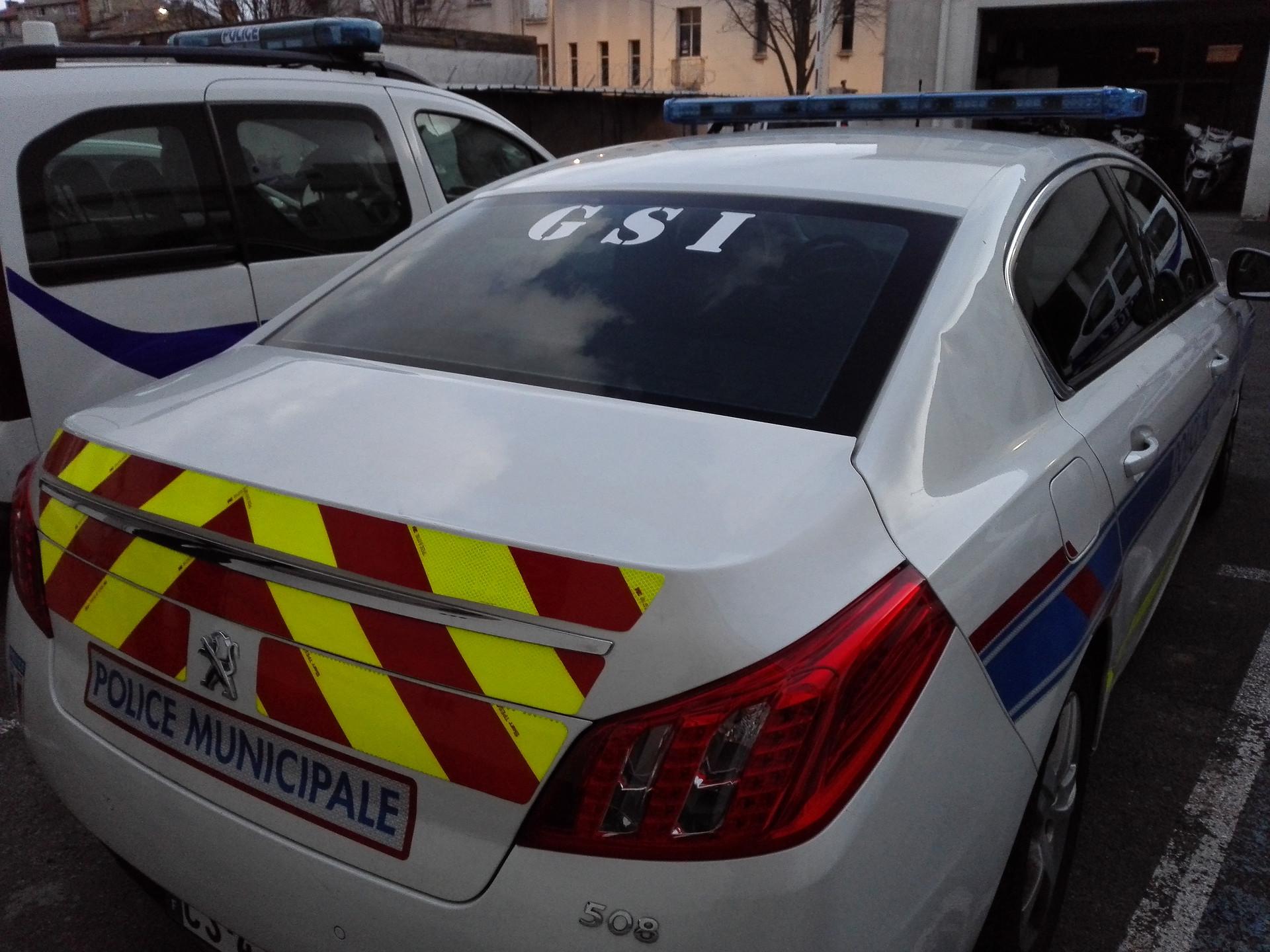LETTRAGE POLICE MUNICIPALE BÉZIERS GSI