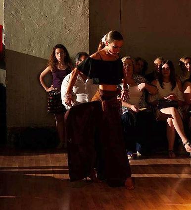 Κάτια Παπανδρέου δασκάλα χορού στη Danzza