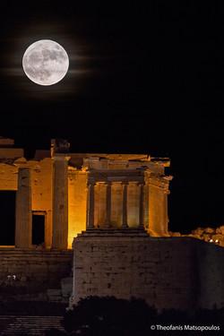 Acropolis-Super-Full-Moon-Matsopoulos3