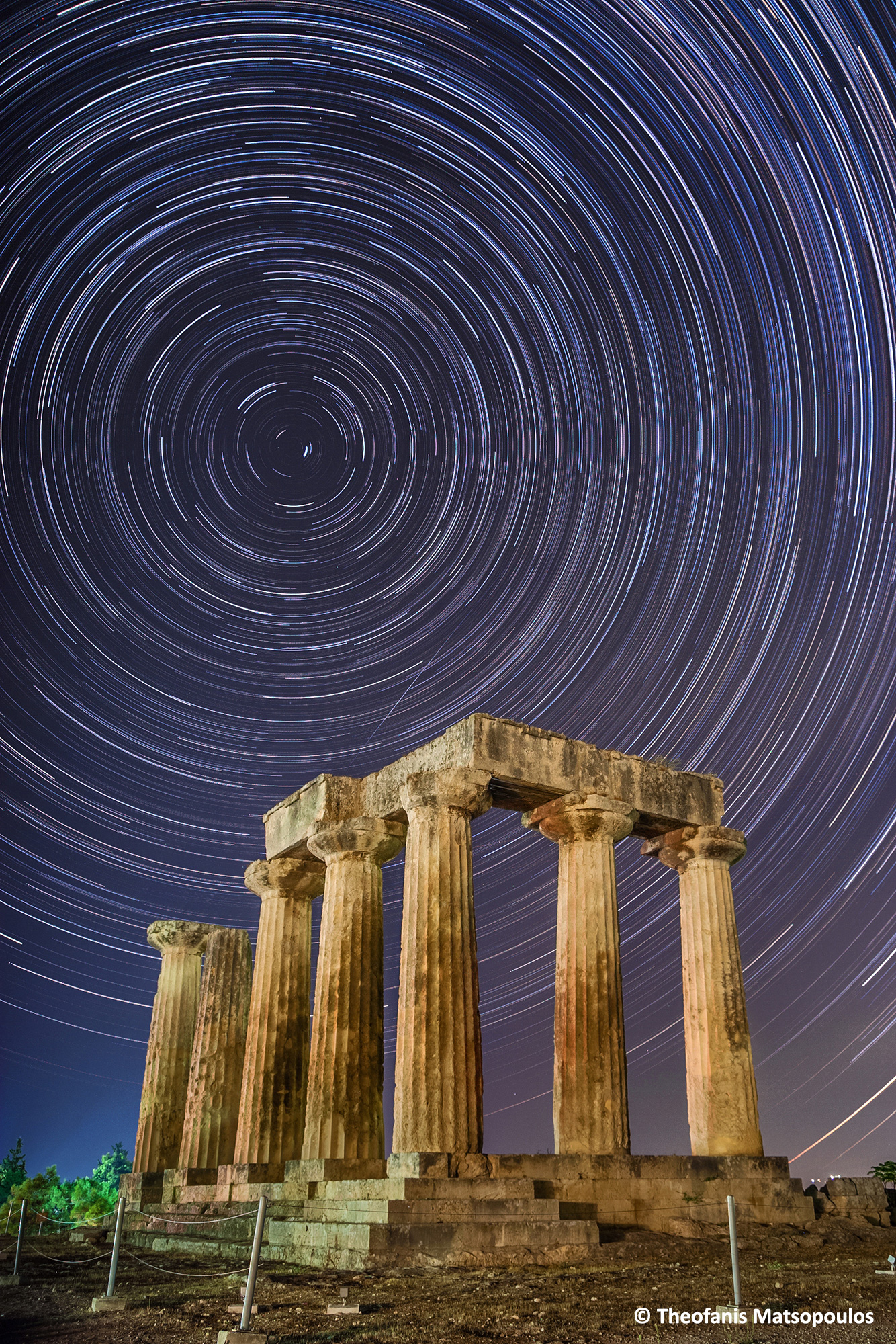 Apollo-Temple-Startrails-ver2