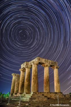 Apollo-Temple-Startrails-ver2