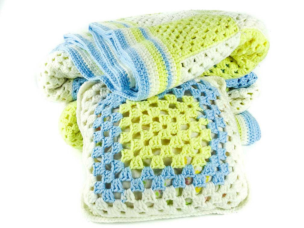 Channa's first blanket and pillow set