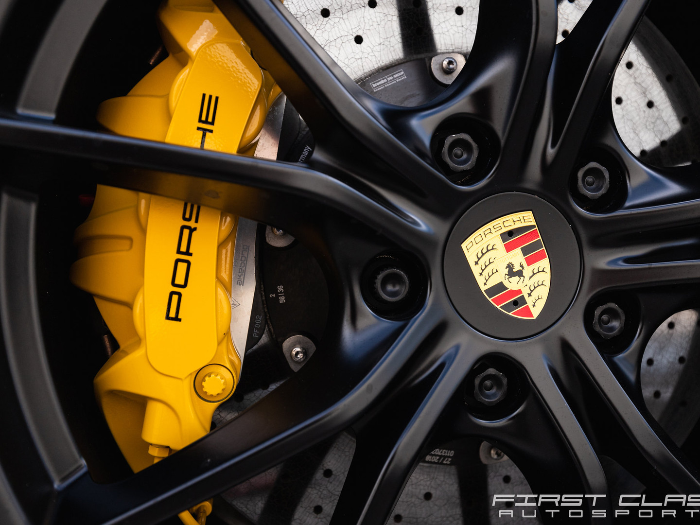 Gloss black Porsche powder coating wheel