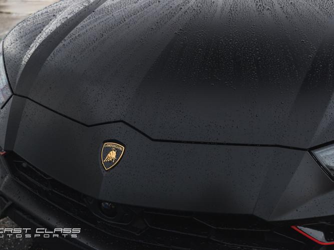 Lamborghini urus satin black wrap vinyl