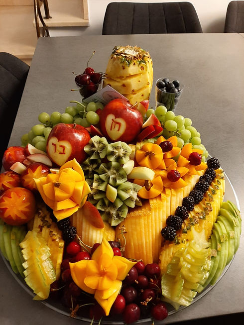 מגש פירות גדול.jpg