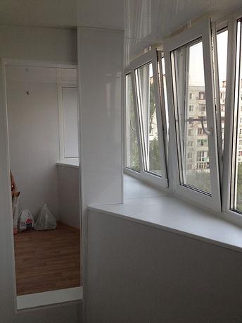 Оконница балконы под ключ