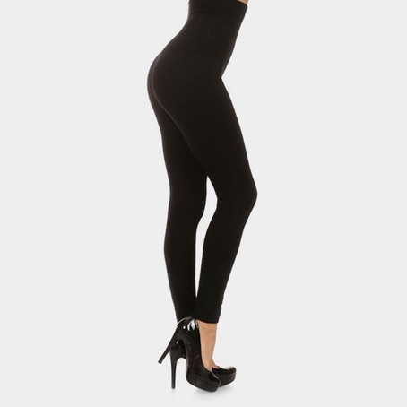 Trying on The FABLeisure Compression Leggings