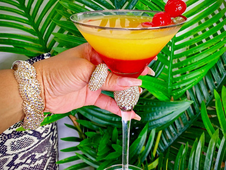 Martini Monday🍸