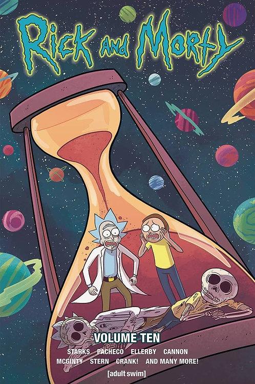 Rick & Morty Vol 10 (Kyle Starks & Karla Pacheco)
