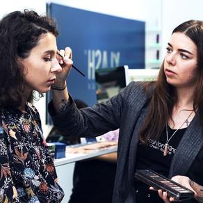 Мастер-класс по оформлению бровей от нашего визажиста-стилиста Алены Лаваль в стенах бутика Xlash