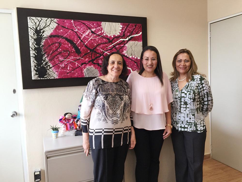 Lorena Meeser, Beatriz Marmolejo y Martha Rosas.