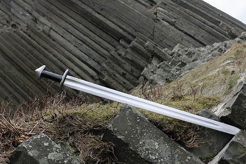 Viking Age Sword, Full Tang hand-forged Old Norse Weapon, Black Leather Handle