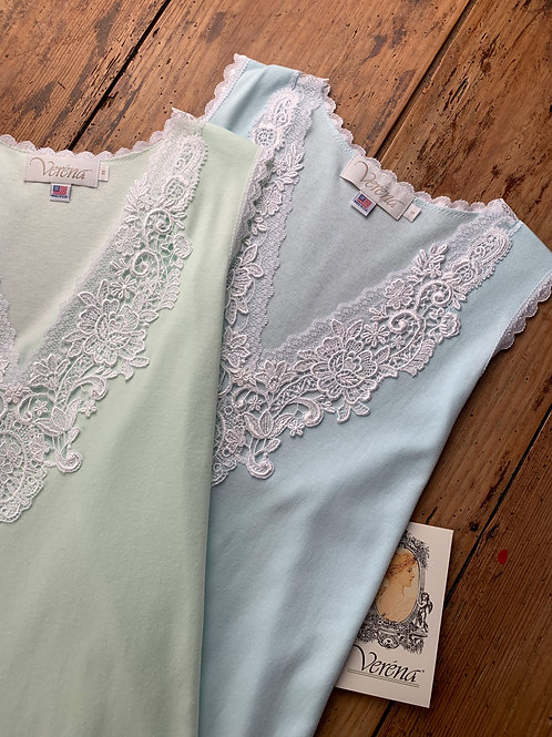 MG6105 - Short Gown