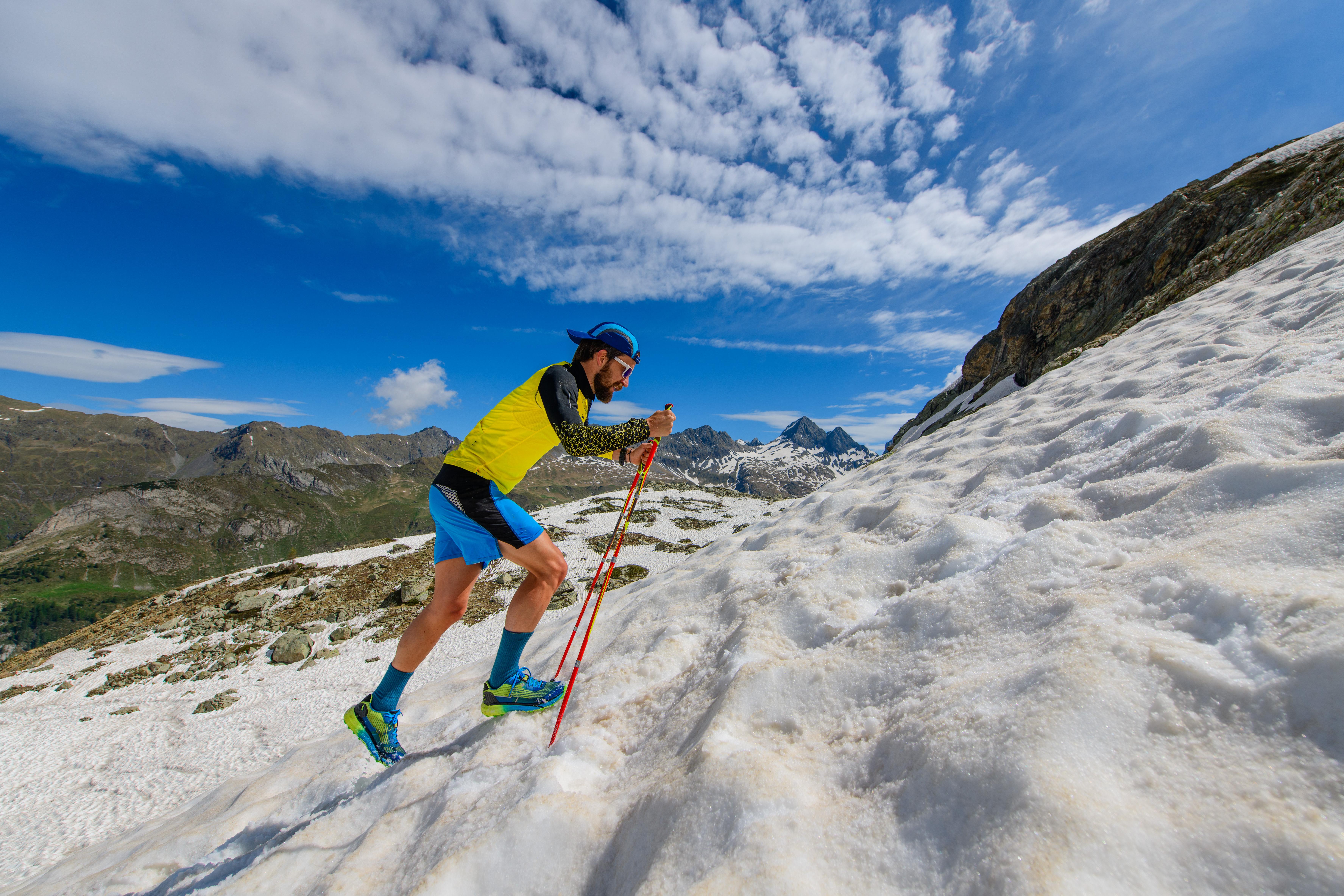 Skyrunner-on-an-incline-715102