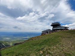 המצפה מטאורולוגי בפסגת שנייז'קה