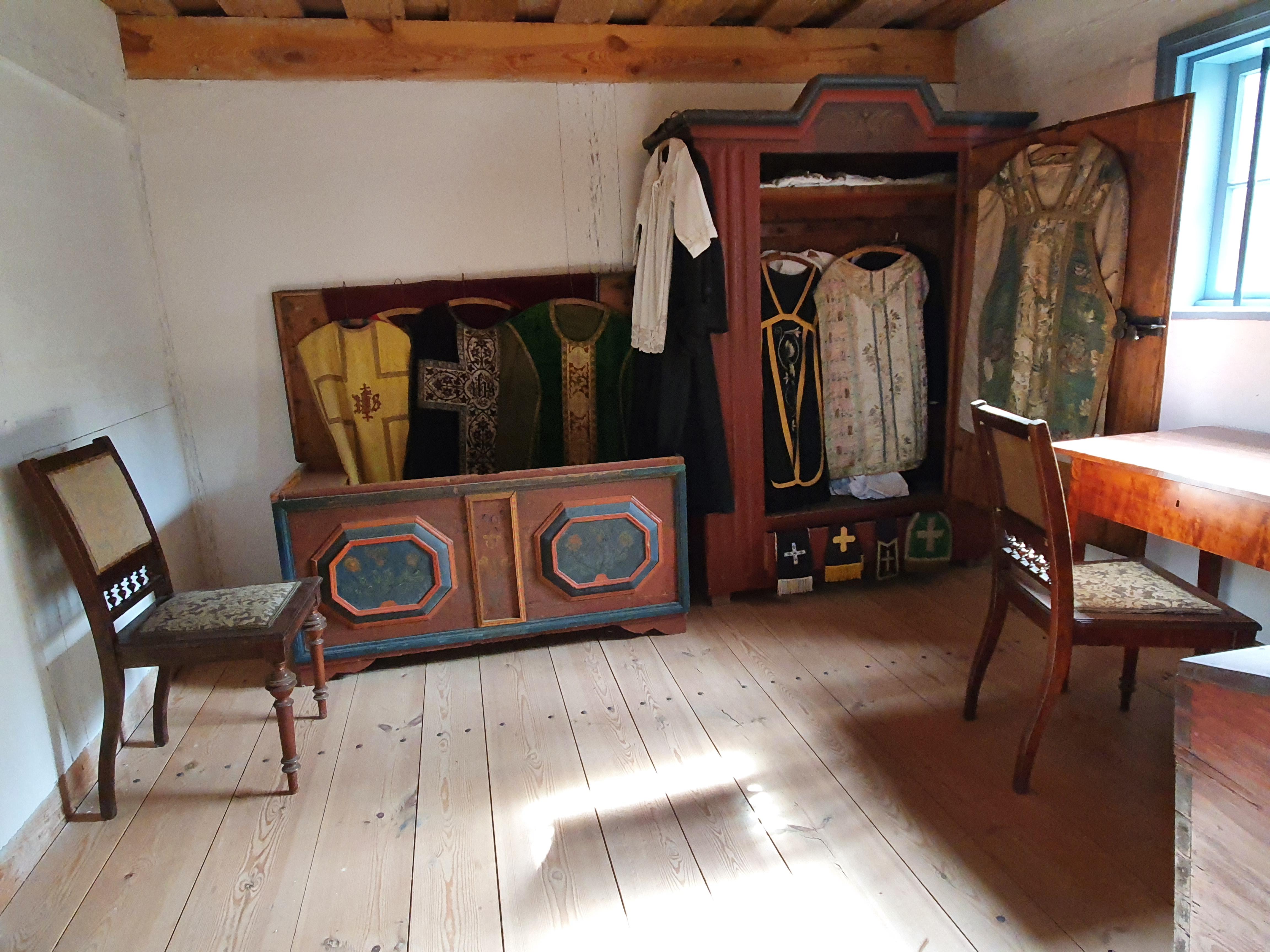 חדר הכומר בכנסייה