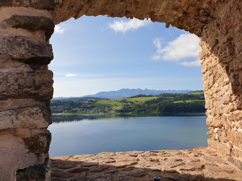 הנוף הנשקף מטירת צ'ורשטין