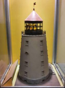 מודל של מגדלור רוזבייה בגרסה מוקדמת