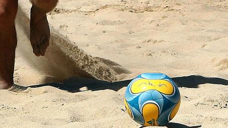 FUTEBOL DE PRAIA: 1ª Taça Distrital de Futebol de Praia Sub/19 masculino - 30 de Julho '17