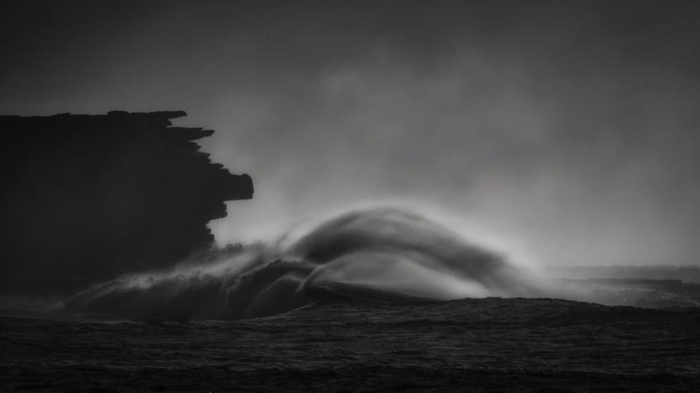 Wild Surf mono 2_STP3269.JPEG