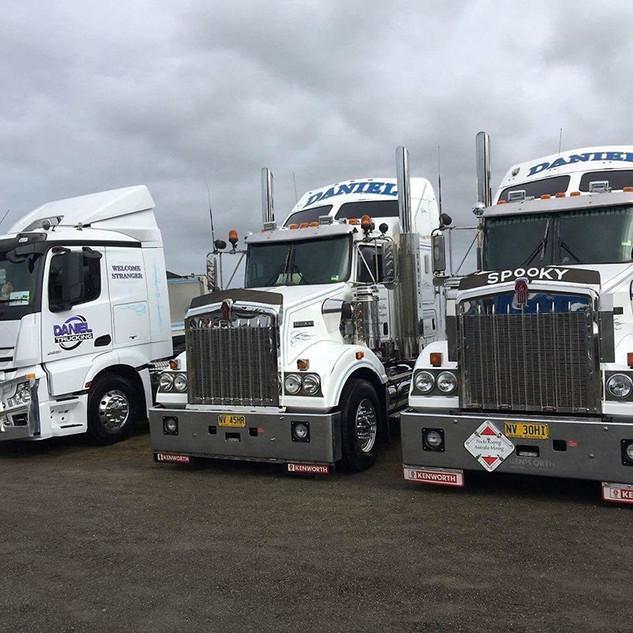 Daniel-Trucking_Grafton_3 copy.jpg