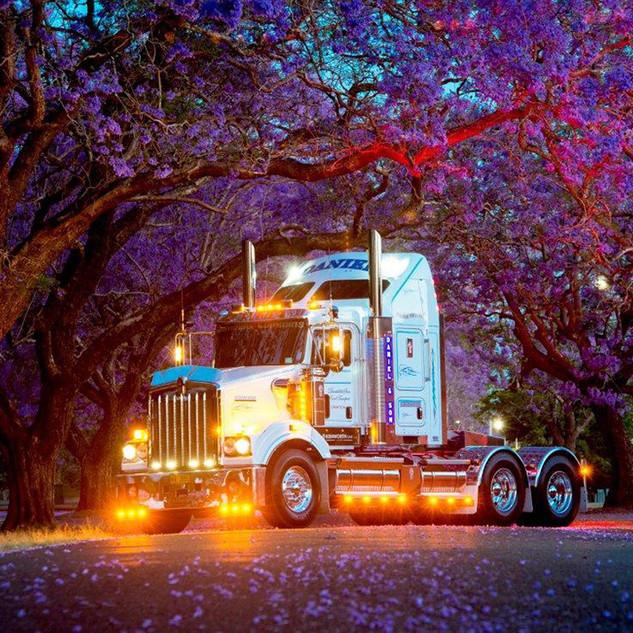 Daniel-Trucking_Grafton_1 copy.jpg