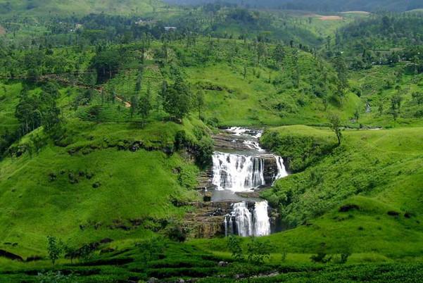 waterfalls-in-sri-lanka.jpg
