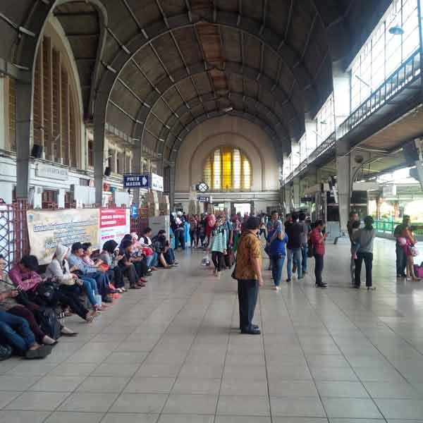 jakarta-kota-station