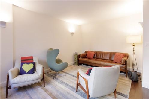 Douglas Psychotherapy - Upper East Side office, Inside