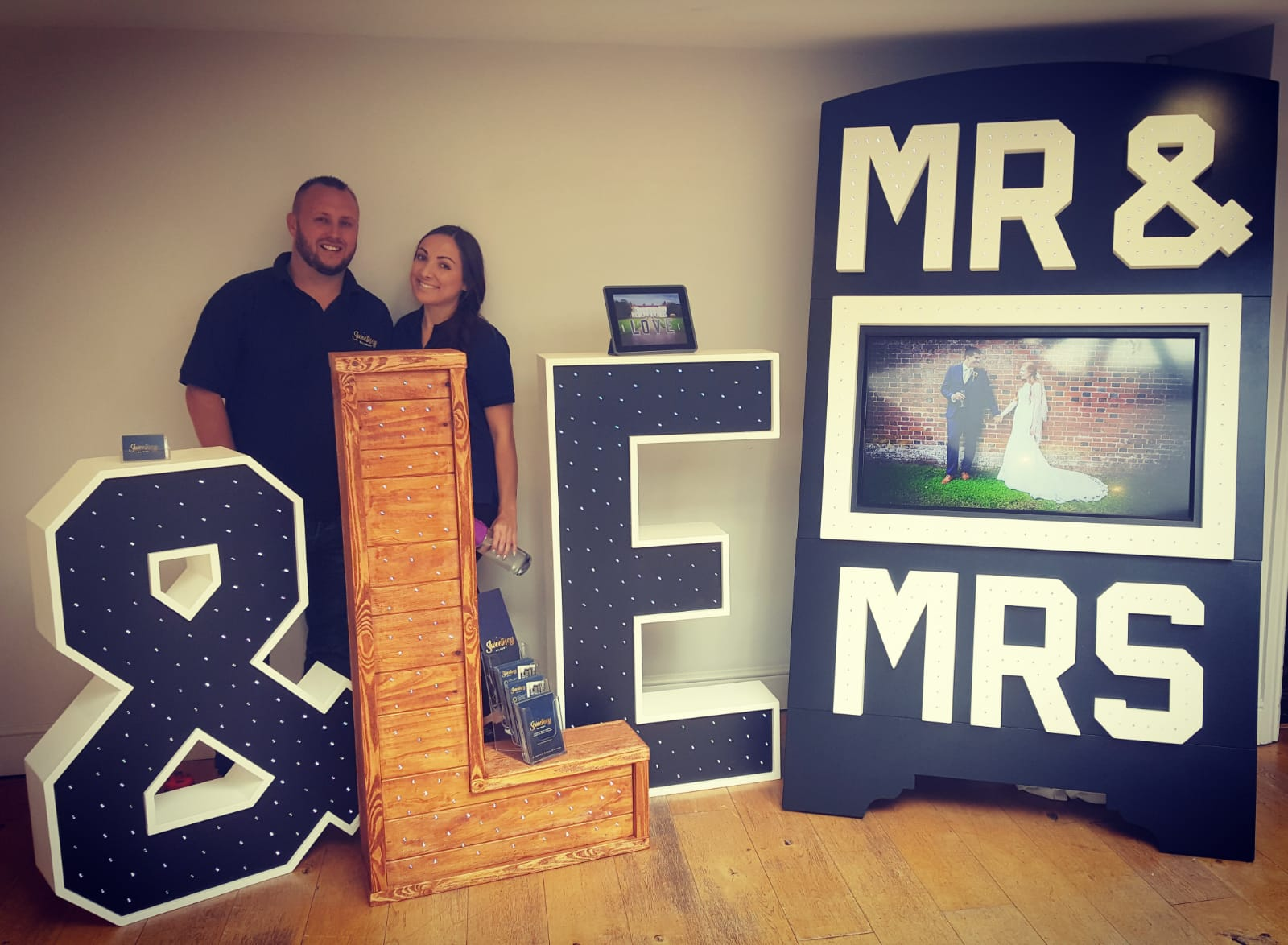 Mr & Mrs TV Stand