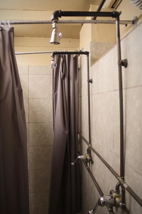 shower%20photo_edited
