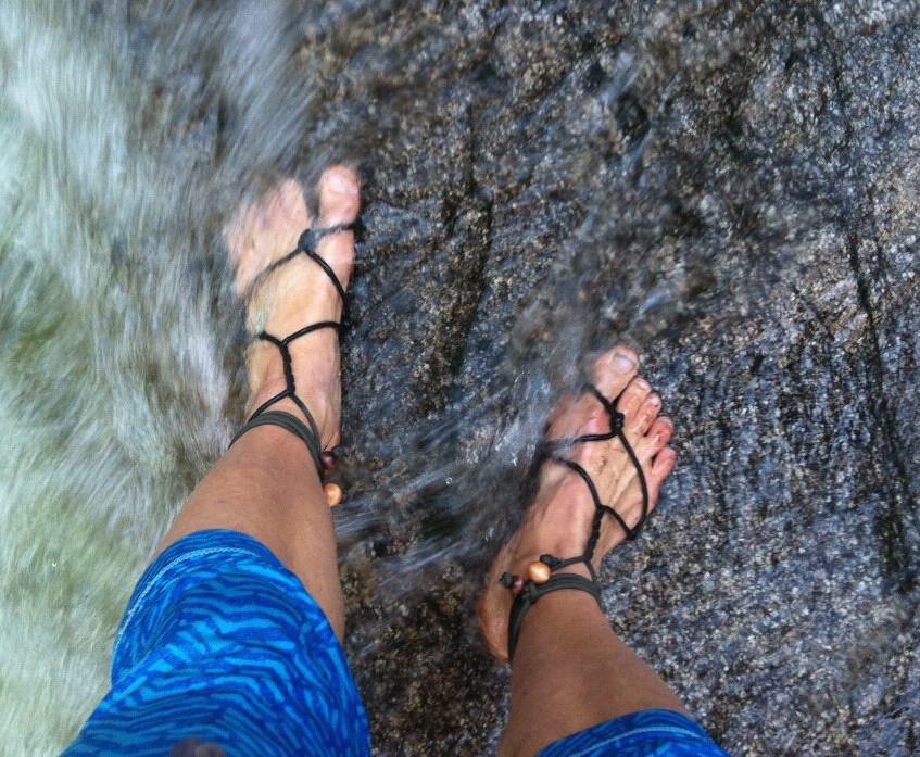 jessi_feet_squamish